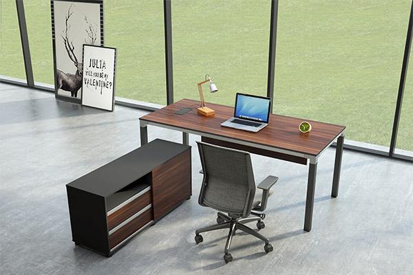 南京职员办公桌厂家直销,职员办公桌怎么选购