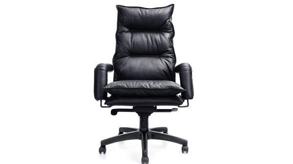 办公升降调节真皮老板椅带轮子价格