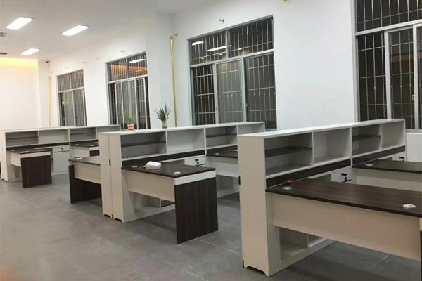南京知名品牌办公家具厂家定制设计跨国企业顺科物流