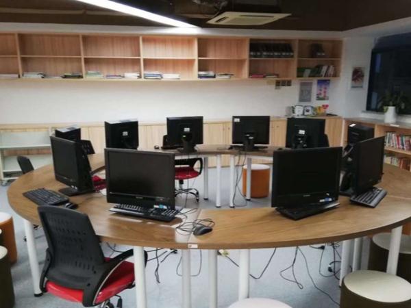 南京办公室家具如何选购及采购标准
