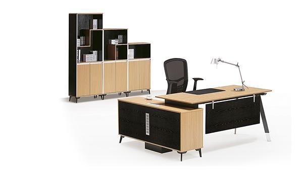 现代简约板式老板办公桌椅组合
