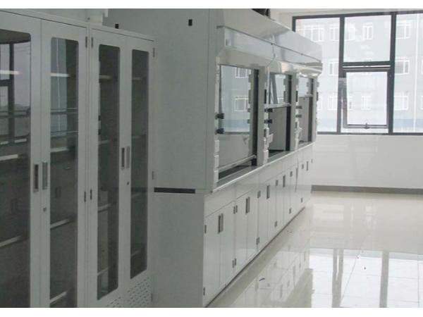 南京通风柜厂家告诉你全钢通风柜有哪些配置要求