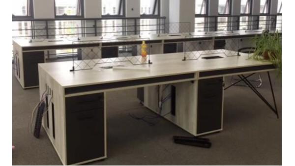科技创新企业办公家具