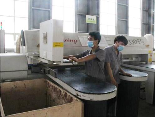 麦尚办公家具生产设备